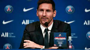 ميسي يؤكد أنه يسعى إلى إحراز الألقاب مع باريس سان جرمان والخليفي يعتبر  وصوله يوما تاريخيا