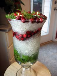 Kitchen Table Christmas Centerpieces A Snowy Christmas Centerpiece Plastic Wrap Crumbled Up Gives The