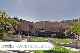 Rosie Amodio Author At Real Estate News  Insights Realtorcom - Brady bunch house interior pictures