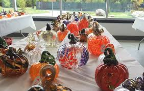 organizers preparing for 14th fall crop of glass pumpkins at rit on oct 13 rit news