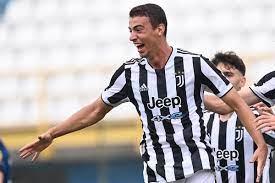 Turicchia Juve: prima chiamata tra i professionisti per il terzino - Juventus  News 24