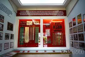 Hiện vật trưng bày trong bảo tàng Hồ Chí Minh