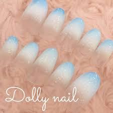 Dn短めオーバルかき氷のような2色グラデーション水色ブルー白ホワイト