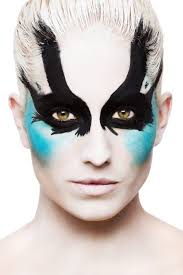 1000 images about avant garde hair makeup on pinterest avant garde makeup faux hawk hairstyles and avant garde avant garde