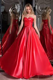493 b sta bilderna om silk and satin fashion p Pinterest