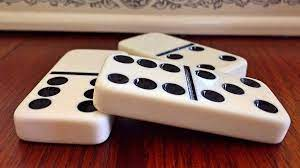 Play Dominoes game online | playpager.com