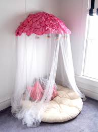 Tulle Canopy Diy A Diy Bed Canopy Round Up Hula Hoop Hula And Decorating