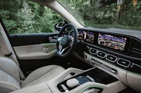 In base gle 350 form, this midsize mercedes suv feels perfectly comfortable and composed, aided by a serene and spacious cabin with two large digital screens playing a starring role. 2020 Mercedes Benz Gle Reviews Mercedes Benz Of Boise