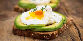 Diet magazines are filled with recipes for egg white. 10 Healthy Breakfast Ideas To Help With Weight Loss