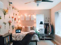 15 genius dorm wall decor ideas that