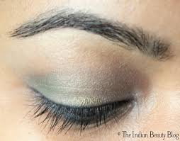 green eye makeup 4