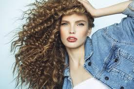 Máte Vlnité Vlasy Víme Jak O Ně Pečovat Aby Vypadaly Skvěle Pro