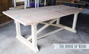 Free plans to build a X cross support dining table from Ana-White.com