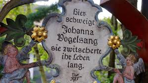 Kramsach In Tirol Zum Lachen Auf Den Friedhof Spiegel Online