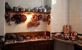 kitchen utensil:  batterie de cuisine