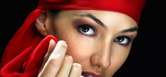 deep set eyes ing your eye look tips to cover them up