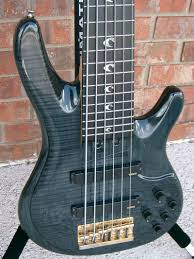 yamaha 6 string bass. 3 pc 1/4 sawn neck with custom inlays. comes yamaha hsc. the bass is in great playing condition but does show some love over years. 6 string u