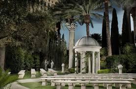 have an outdoor wedding las vegas at the juno garden at caesars palace