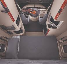 freightliner trucks interior. cascadia evolution interior semi trucksbig trucksfreightliner freightliner trucks b