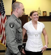 Injured state trooper returns to work - Baltimore Sun