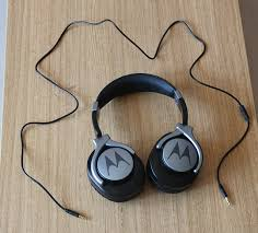 motorola pulse max headphones. here are the product images of our motorola pulse max wired headset with microphone review sample: headphones r