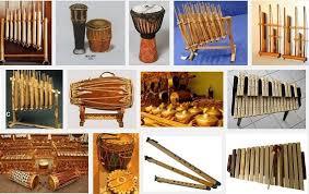 Ladolado merupakan alat musik yang berasal dari sulawesi tenggara dengan jenis bunyi idiofon. 30 Gambar Alat Musik Daerah Tradisional Indonesia Radenwinata Com