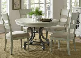 Liberty Furniture Harbor View Round Table With 4 Slat Back Chairs