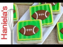 Football Cookie Cake Designs How To Decorate Football Field Cookie With Royal Icing