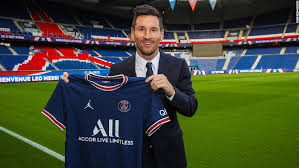 Indeed, the spanish side played a big role in the foundation of the parisian club. Lionel Messi Signs Two Year Contract With Paris Saint Germain Cnn