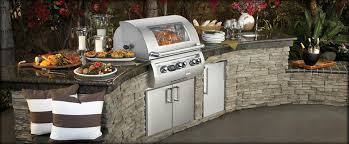 Custom Outdoor Kitchen Designs