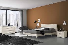Camera da letto bianca e marrone ~ design casa creativa e mobili