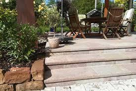Unsere treppenlifte können sowohl aussen als auch innen auf beinahe jeder treppe installiert werden. Treppen Steinmetz Meisterbetrieb Conrad Klammes