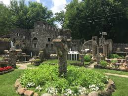 in the words of the hartman rock garden guide book the site is one of the nation s most intriguing and revered works of in situ folk art an outsider art