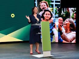 Annalena baerbock zum klimaschutzgesetz der bundesregierung. Die Grunen Haben Die K Frage Mit Annalena Baerbock Klug Beantwortet Kommentare