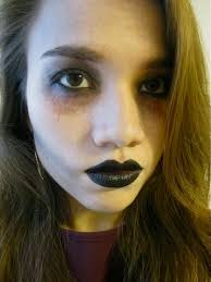 easy zombie makeup that you can do with s you already own braaaaaiiinnnss sold seperately bustle