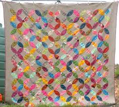 Orange Peel & Joseph's Coat Quilt Patterns: Top Inspiration & Colorful Orange Peel Quilt Adamdwight.com