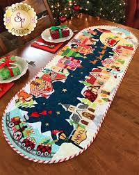Table Runner Patterns Fascinating Christmas Eve Table Runner Pattern