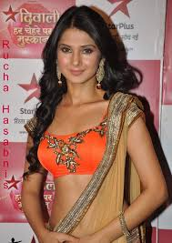 hindi for middot indian tv actress rucha hasabnis life history biography age height career and wedding