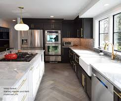 ... Black And White Kitchen Cabinets