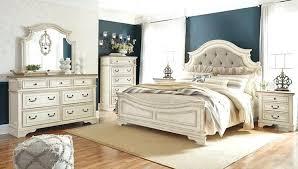 White Bedroom Set Chipped White Bedroom Set White Bedroom Furniture ...