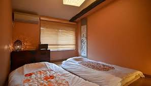 Japanese Bedroom Decor Japanese Bedroom Decor With Futons And Wall Art Japanese Bedroom