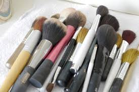 how to clean makeup brushes with baby oil a pile of