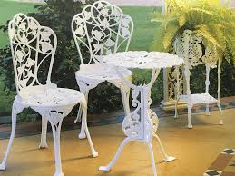 iron outdoor furniture for