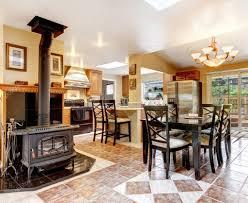 Hervorragende Küche Und Wohn Esszimmer Mit Schwarz Stühle