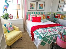 HomeGoods | Quilts & bedroom, flower decor, flowers, Pillows and Throws, Quilts, spring, spring  decorating, Wall art Adamdwight.com