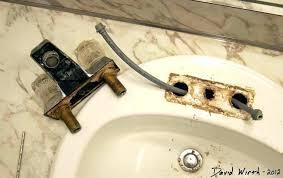 drippy bathtub faucet bathtub faucet removal shower faucet assembly delta shower valve repair bathtub valve replacement