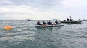 Indonesia, aereo precipitato in mare: ritrovati resti umani