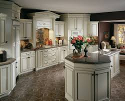 47 examples enchanting white glazed kitchen cabinets sumptuous cabinet pictures and ideas antique glaze corner media country painted drawers wall oven