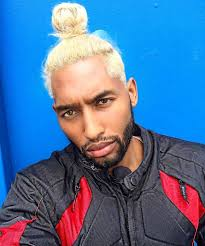 blonde top knot hairstyle for men 2017