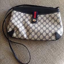gucci vintage. ⬇️reduced⬇ authentic vintage gucci crossbody bag